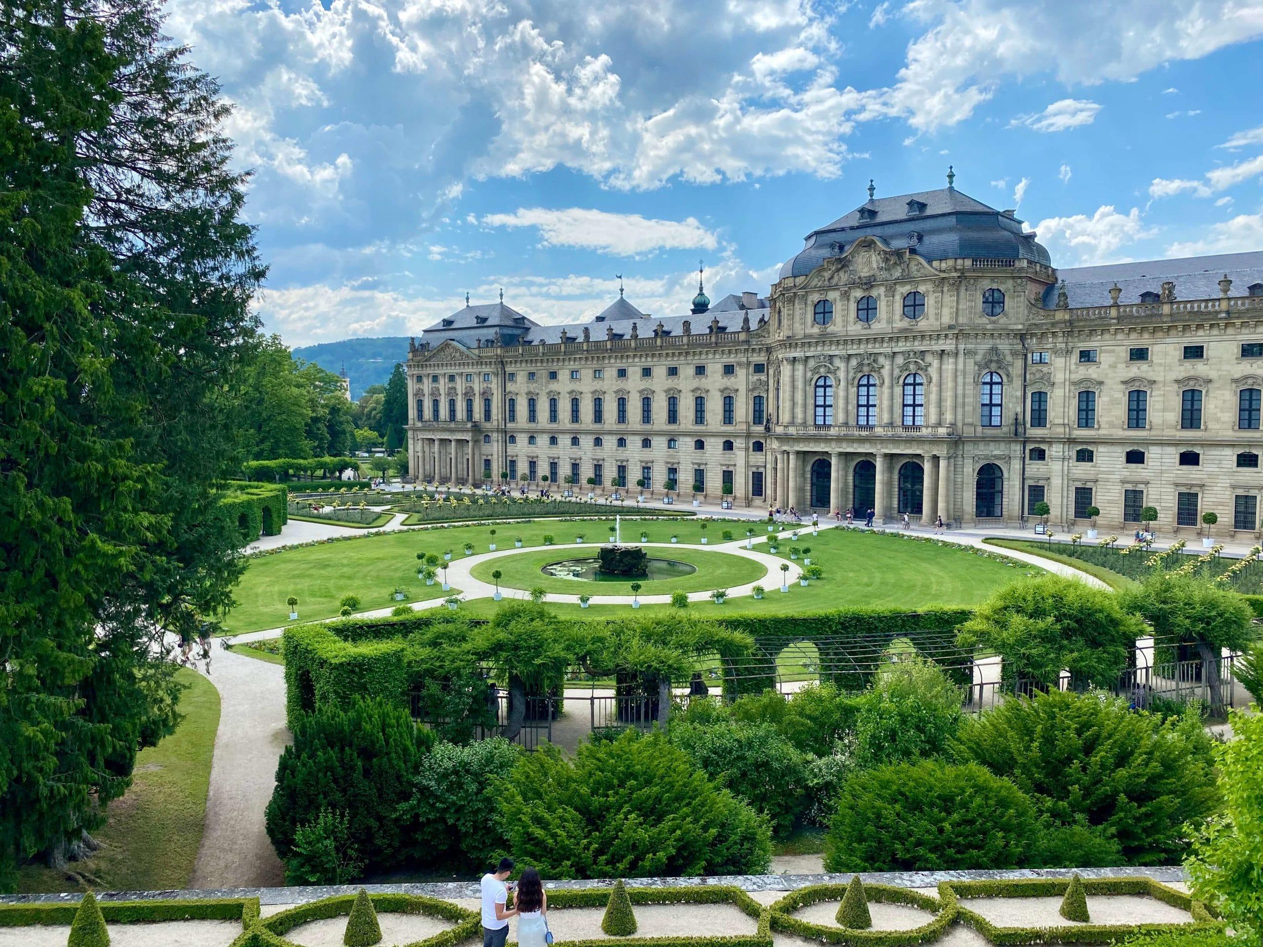 Blick über den Ostgarten und die Residenz.