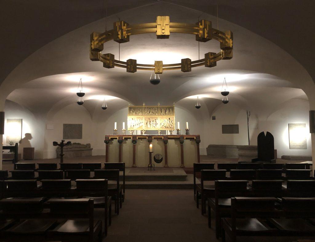 Gräber von heiligen Bischöfen