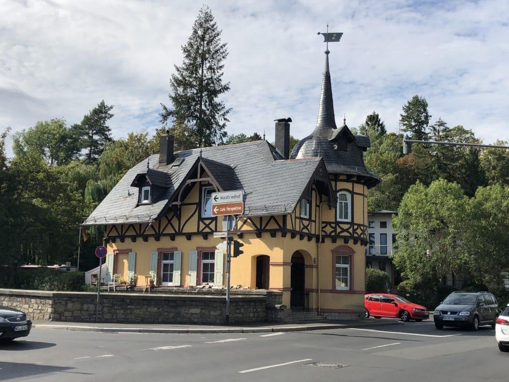 Schlösschen am Anfang des Steinbachtals